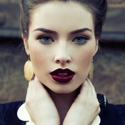 blue eyes vamp