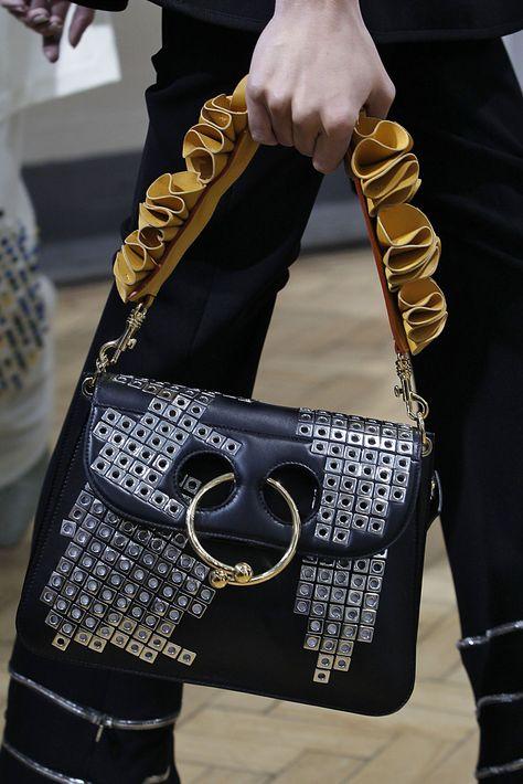 septum handbag